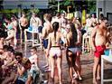Ibiza Pool Party的封面