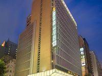弥敦酒店的封面