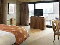 首尔丽思卡尔顿酒店的封面