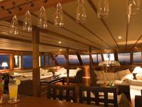 迪万海洋酒店的封面