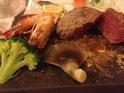 岩板岩烧餐厅的封面