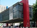 圣保罗艺术博物馆的封面