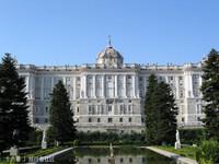 马德里王宫的封面