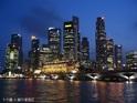 新加坡河的封面