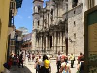 哈瓦那教堂广场的封面