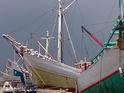 帆船码头的封面