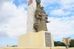 柬越友谊塔