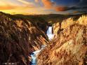 黄石大峡谷的封面