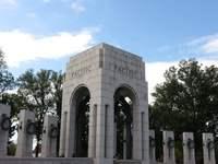 美国国家二战纪念碑的封面
