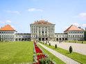 宁芬堡宫的封面
